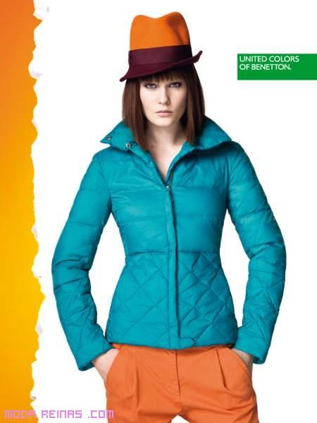Abrigos y cazadoras coloridas de Benetton