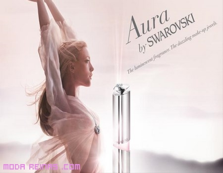 Perfumes y labiales de Swarovski