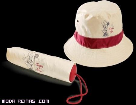 Paraguas y gorro de moda