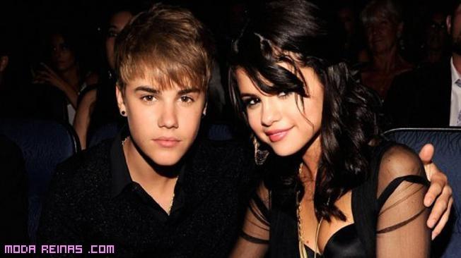 parejas de cantantes famosos