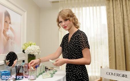 Taylor Swift es la imagen de Cover Girl