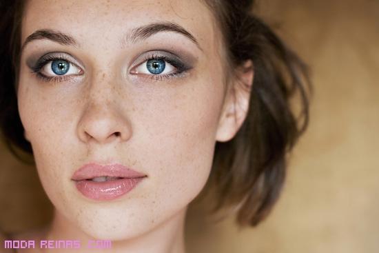 Las reglas del maquillaje para las pecas