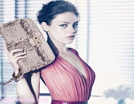 Mila Kunis imagen de los bolsos Dior
