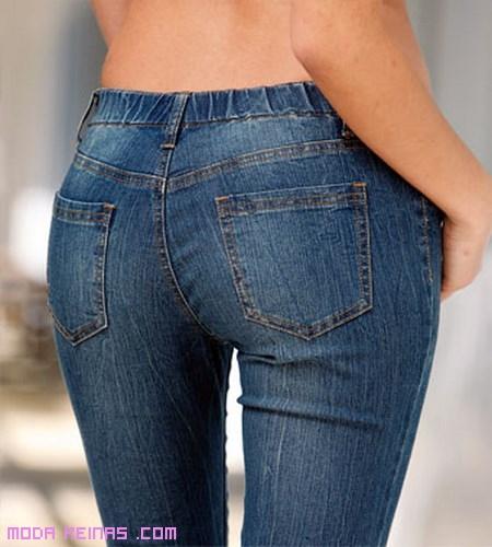 Pantalones con cintura elástica