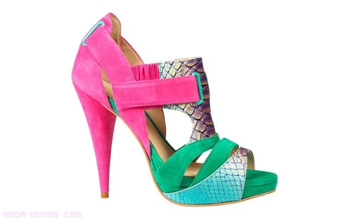 zapatos de colores a la moda