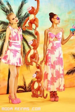 Vestidos estampados con palmeras