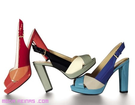 Zapatos de moda con colores