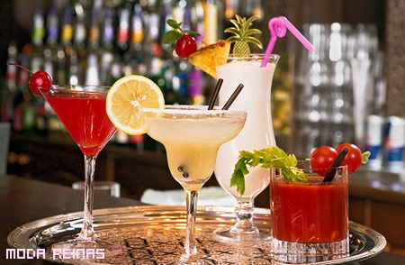cocktail-con-alcohol-engorda