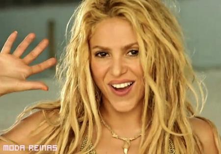 Look inspirado en LOCA de Shakira