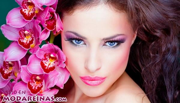 Un maquillaje muy femenino y delicado