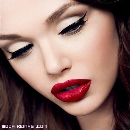 Maquillaje pin-up para un look retro