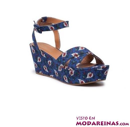 sandalias de cuña en color azul