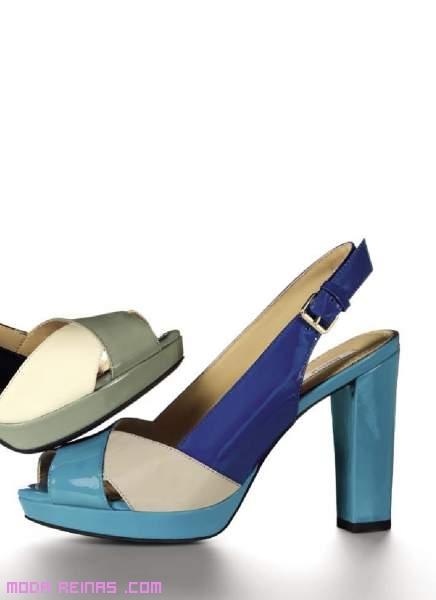 Zapatos azules de moda
