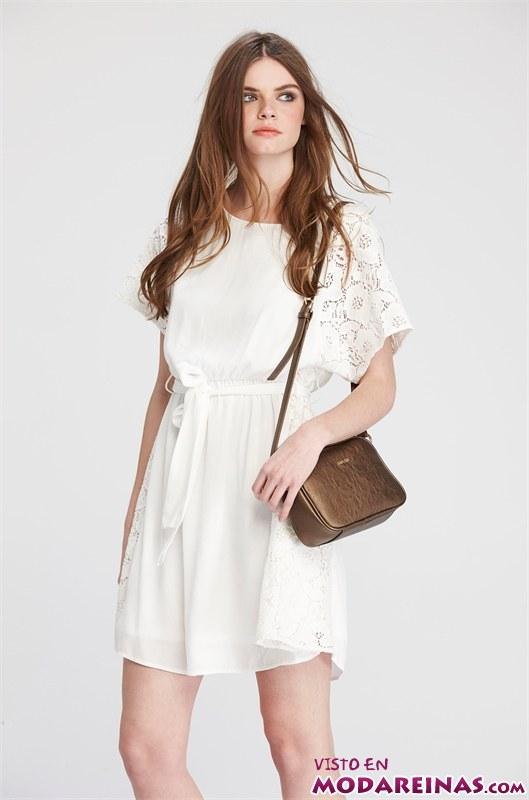 vestido blanco con manga ancha