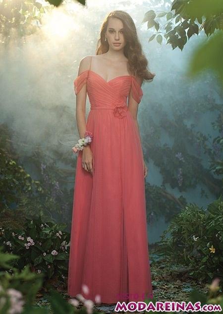 vestido largo con escote hombros caídos de alfred angelo