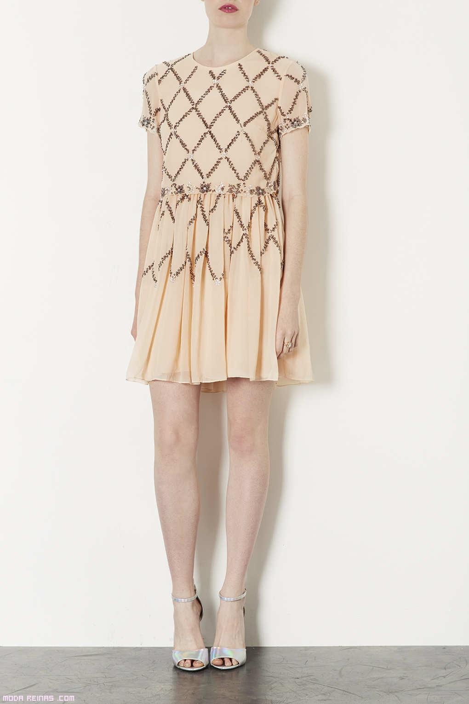 vestidos con brillantes en tonos cálidos