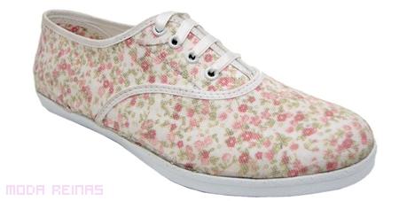 zapatillas-con-estampado-flores-muaa
